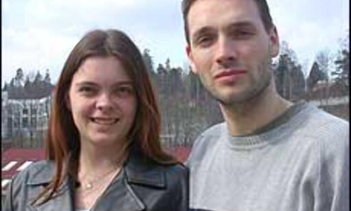 Konrad Jørgensen og Camilla Igland regner med å vise frem en annen hudfarge om syv uker.