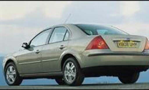 FORTSATT SØLV: Ford Mondeo holder 2. plassen - men Peugeot 307 er hakk i hæl.
