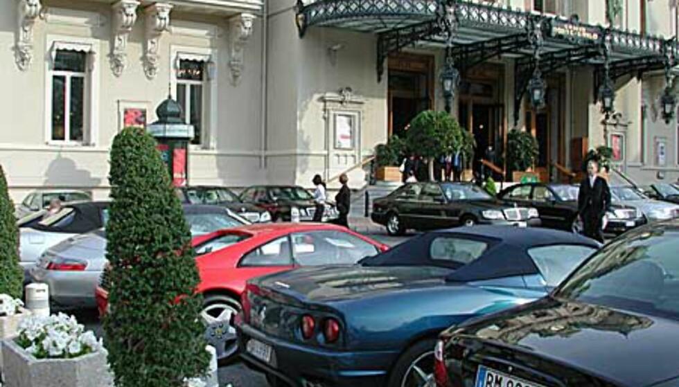 Monte Carlo Casino og dyre biler