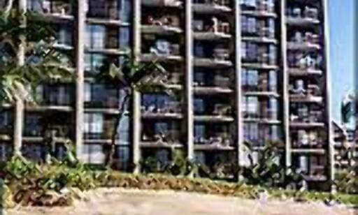Et typisk Maui-hotell - rett på den gule stranden.
