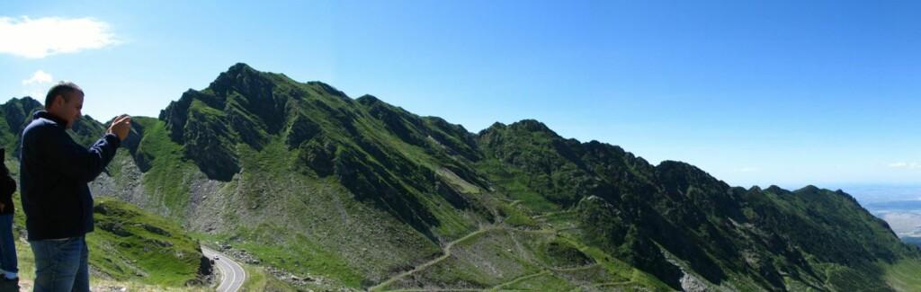 Utsikt over Transfăgărăşan i Karpatene i Romania. Foto: Wikimedia Commons