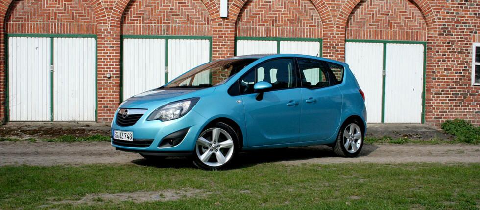 Annen generasjon Opel Meriva er en god del større enn forgjengeren. Og dette er nok en gang den mest geniale bilen i klassen. Foto: Knut Moberg