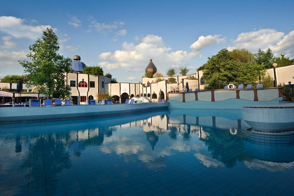 På hotel Rogner Bad Blumau i østerrikske Steiermark kan du bade i helsebringende kilder. Foto: Rogner Bad Blumau
