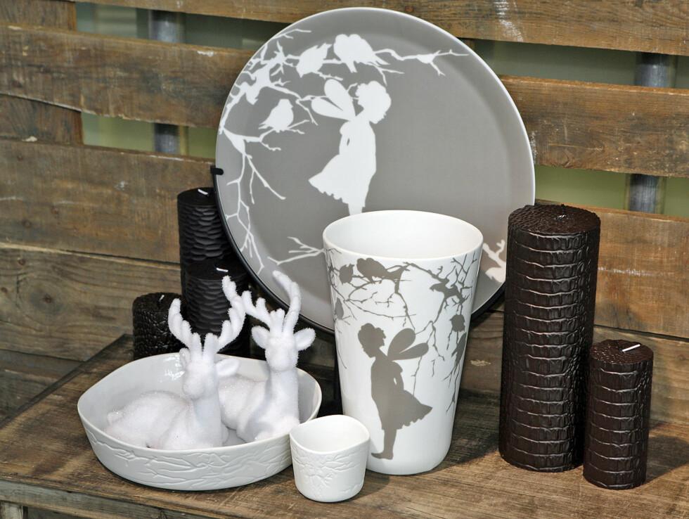 Porselen fra Wik og Walsøe, lys med kroko/Skinnpreg fra Broste, reinsdyr fra ShiShi. Foto: Per Ervland