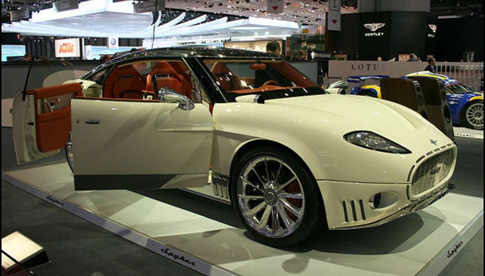 Spyker Peking to Paris. Ekstravagant.