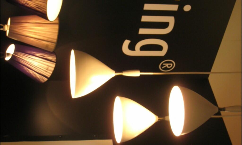 Også fra Northern Lighting; Relansering av Birger Dahl-klassiker henger fra taket, nederst er en av våre lampefavoritter; Oslo-lampen.