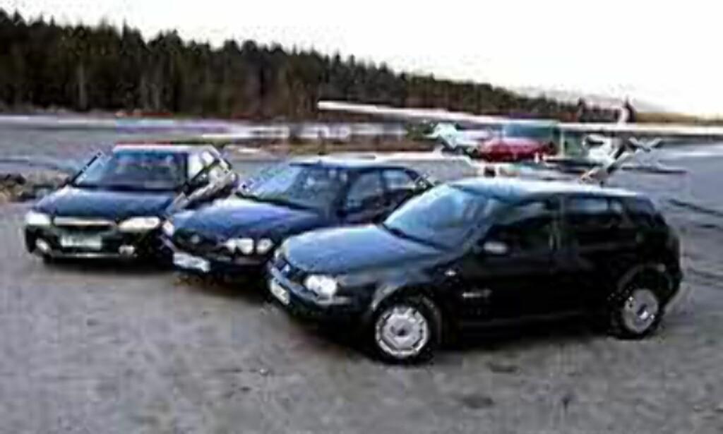 image: STORTEST: VW Golf møter Mazda 323F og Toyota CorollA