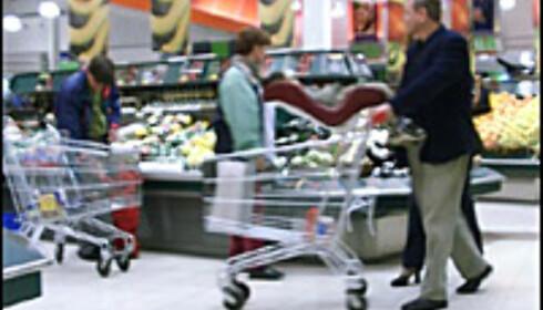 Maten er 35 prosent billigere i Sverige