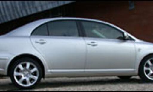 image: Ny Avensis – samme prislapp