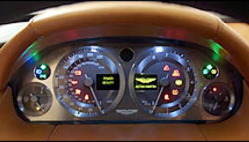 Aston Martin AMV8