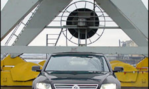 image: TEST: Volkswagen Phaeton W12