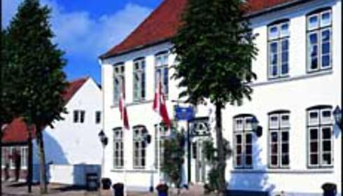 Schackenborg Slotskro er en av flere danske slott og herregårder som tar imot gjester for overnatting og bespisning. Foto: Schackenborg Slotskro Foto: Schackenborg Slotskro Danmark