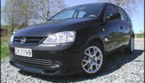 137.000: Opel Corsa 1.0 Easytronic.