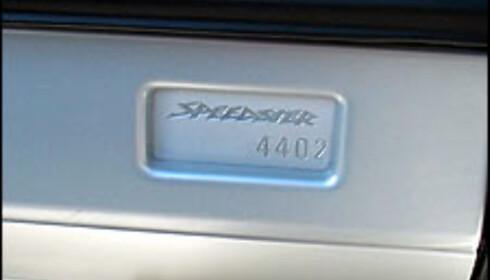Speedster bygges i et begrenset opplag og alle er nummererte. Vi kjørte nummer 4.402.