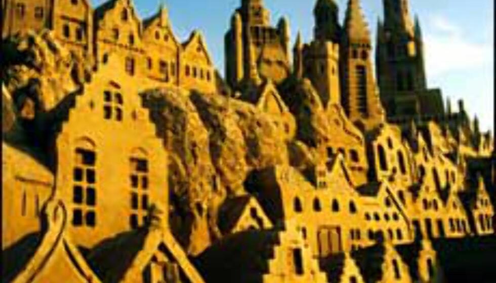 Bilde fra sandskulpturfestivalen i 1997. Foto: Inaxi/Skulpturfestival Zeebrugge 2003 Foto: Inaxi/Skulpturfestival Zeebrugge 2003