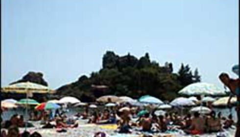 Isola Bella er stranden for de unge og vakre. Foto: stine okkelmo