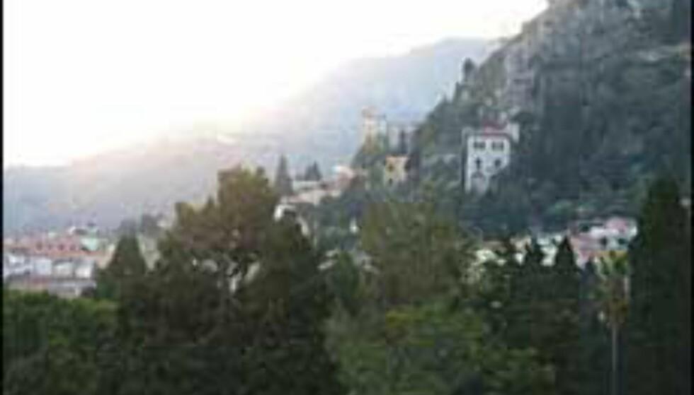Taormina klamrer seg fast til åssiden. Alle foto: Stine Okkelmo Foto: Stine Okkelmo