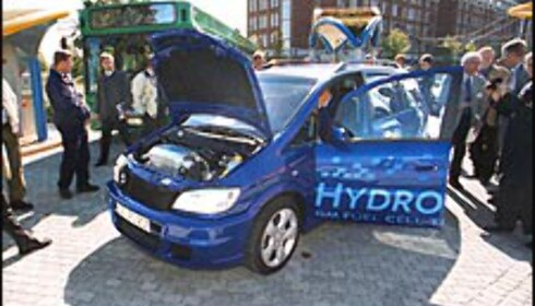 Opel Zafira HydroGen 3