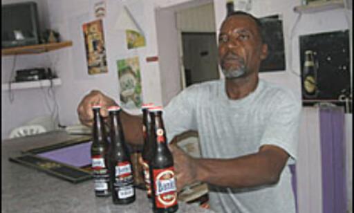 Det lokale ølet Banks til åtte kroner per flaske. (Foto: Dag Yngve Dahle).