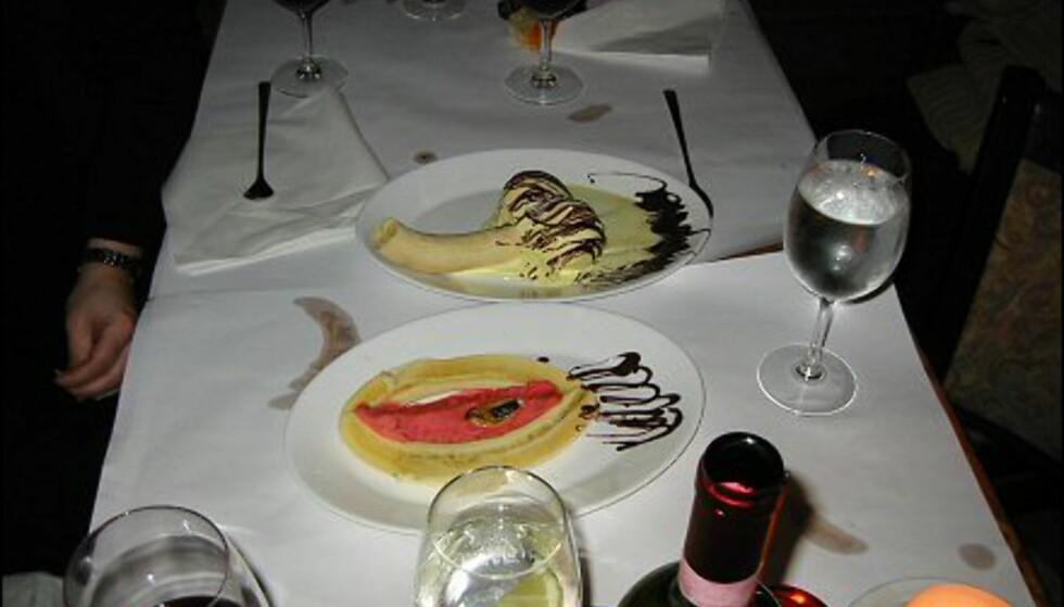 Spontane desserter med erotisk tilsnitt på Ristorante & Pizzeria Internationale i København.