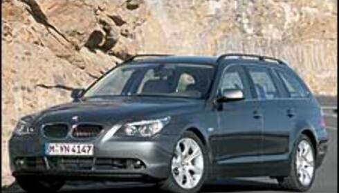 BMW 5-serie stasjonsvogn vises