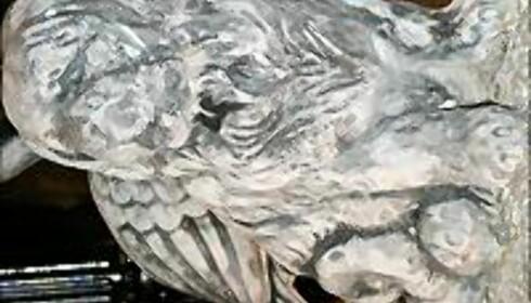 Vi syntes denne stenhunden var søt, og vet du å begrense deg finner du mange fine stenfigurer hos Ruud Gård på Kløfta.