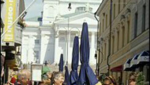 Helsinki er viden kjent for både ny og gammel arkitektur - og et yrende kaféliv. <i>Bildet er gjengitt med tillatelse fra www.visitfinland.com</i>