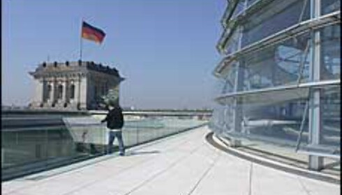 Riksdagsbygningen er et syn både på grunn av arkitekturen og utsikten.