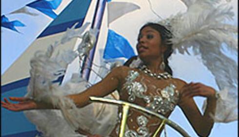 María Angélica Gonzáles, en av de mange populære karnevalsdronningene.<br /> <br /> <i>Foto: Inga Holst</i>