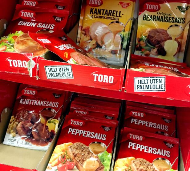 BILLIGERE POSER I SVERIGE: Toros sauser er billigere i Sverige enn i Norge - og det samme gjelder endel andre Toro-produkter, som Moussaka, sjokoladekake og dressinger. Foto: Kristin Sørdal