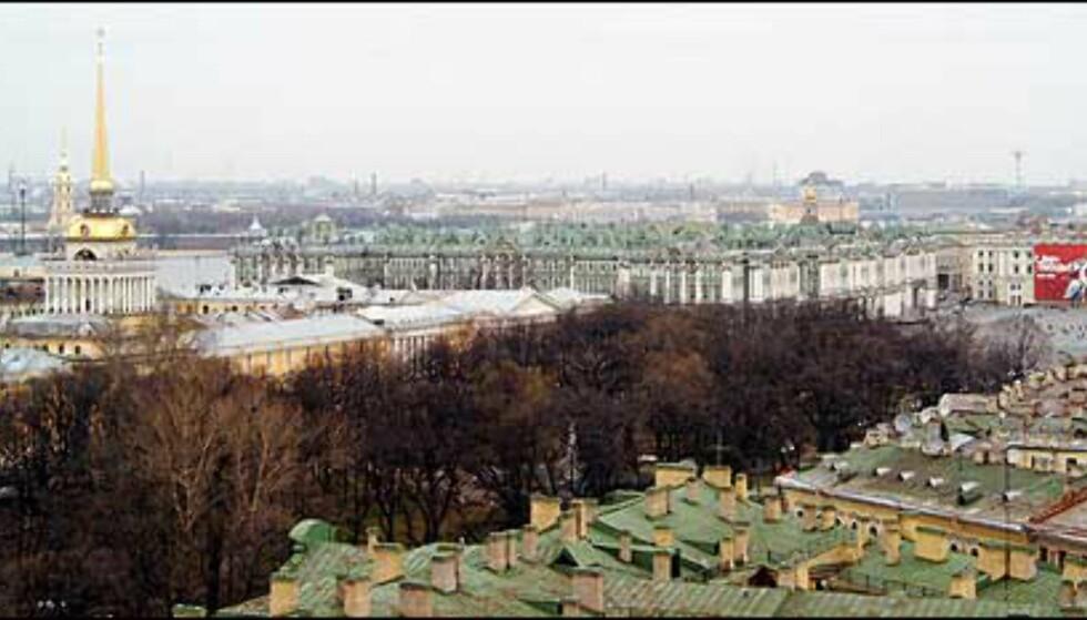 Utsikt over byen.  Foto: Eirik Rønjum