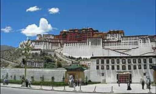 Potala-palasset i Lhasa. Foto: Sykkelekspedisjon2005