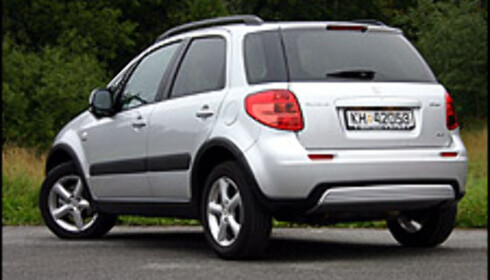 TEST: Suzuki SX4 - alternativ til folke-SUVene?