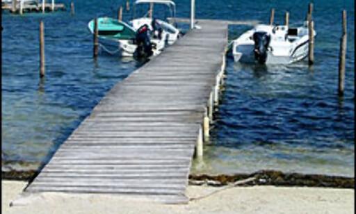 En liten båtbrygge på Caye Culker. Foto: Inger-Lise Garli
