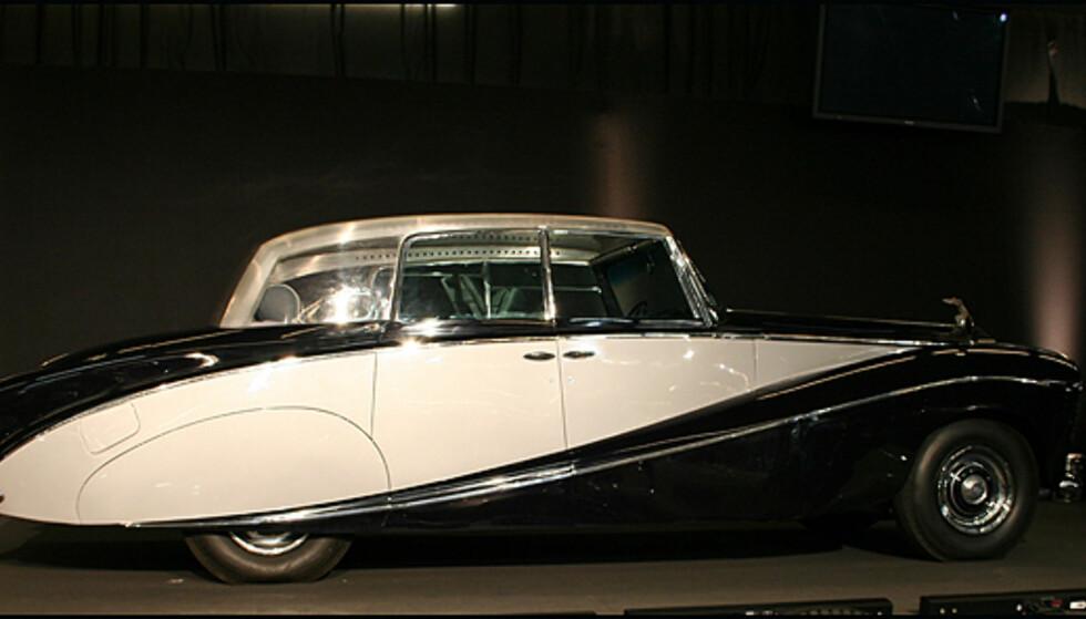 En meget spesiell Rolls-Royce Silver Wraith med gjennomsiktig tak