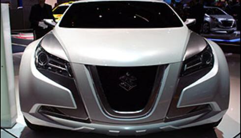 Suzuki forbereder publikum på en kommende mellomklassebil. Her konseptet Kizashi 2.