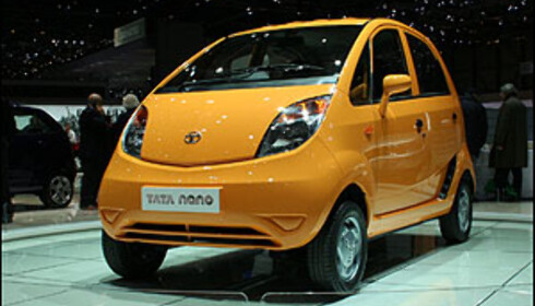 Fremtidens Jaguarer skal ikke se slik ut. Her Tata Nano - en bil som i India selges for under 15.000 kroner ny.