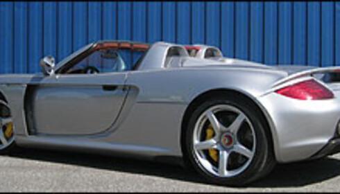 Total høyde er 1,16 meter. Carrera GT er lav.
