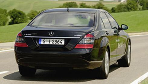 Mercedes' første hybrid