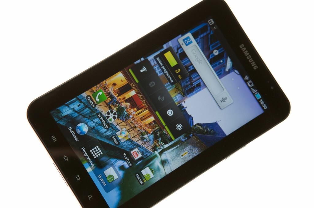 <B>HAR UTSEENDET MED SEG:</B> Samsung Galaxy Tab har ingenting å skjemmes over i forhold til designet. Foto: Per Ervland