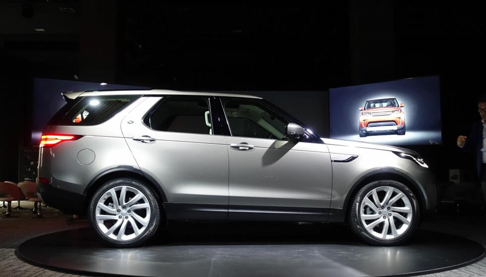 STILIG: Nye Land Rover har fått et godt design som kler flaggskipet godt. Foto: Fred Magne Skillebæk