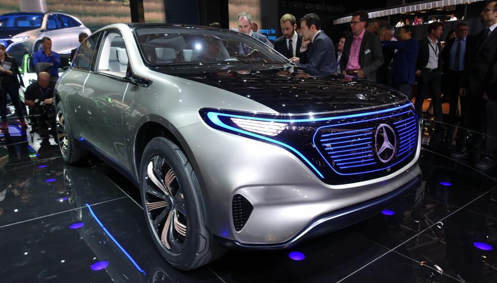 EN MESSE-STJERNE: Generation EQ fra Mercedes er første demonstrasjon fra Mercedes' side av i hvilken grad de tar elektrifiseringen av bilen på alvor: De skal lansere en helt egen elektrisk modellrekke. Foto: Jamieson Pothecary