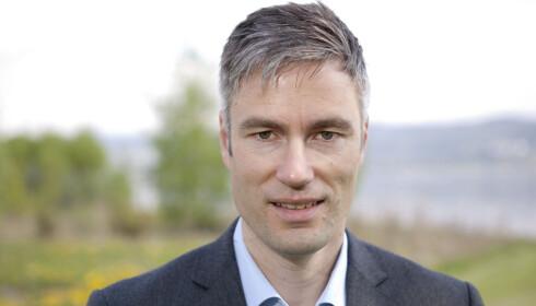 BENEKTER IKKE: Informasjonssjef i Toyota Norge, Espen Olsen. Foto: Toyota