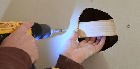 image: Smart triks tetter hullet i veggen