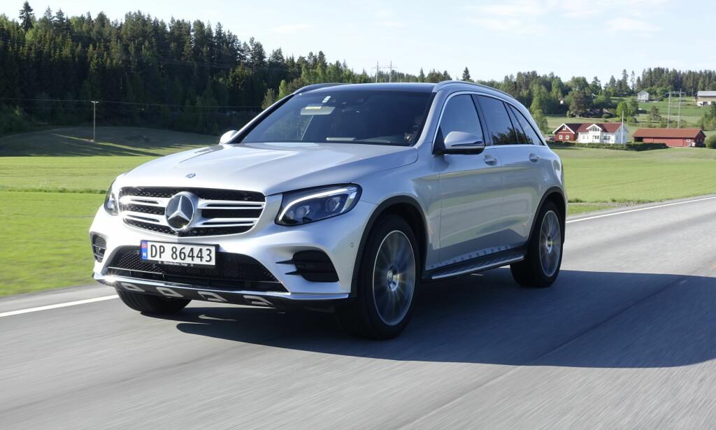 AVGIFTSVINNER: Den ladbare SUV-en GLC 350 e fra Mercedes får 39.000 kroner i avgiftslette dersom budsjettforslaget går gjennom. Foto: Jamieson Pothecary