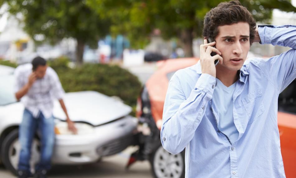 ORD MOT ORD: Etter en bilulykke vil det ofte være ord mot ord, og krangelen med forsikringsselskapet kan vare lenge etter selve kollisjonen. Foto: Shutterstock / NTB Scanpix