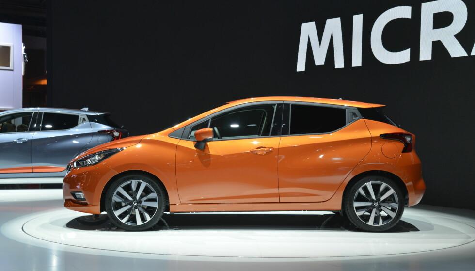 HELOMVENDING: Det er omtrent bare navnet og runde hjul nykommeren har til felles med fjerde generasjon Nissan Micra. Foto: Jamieson Pothecary