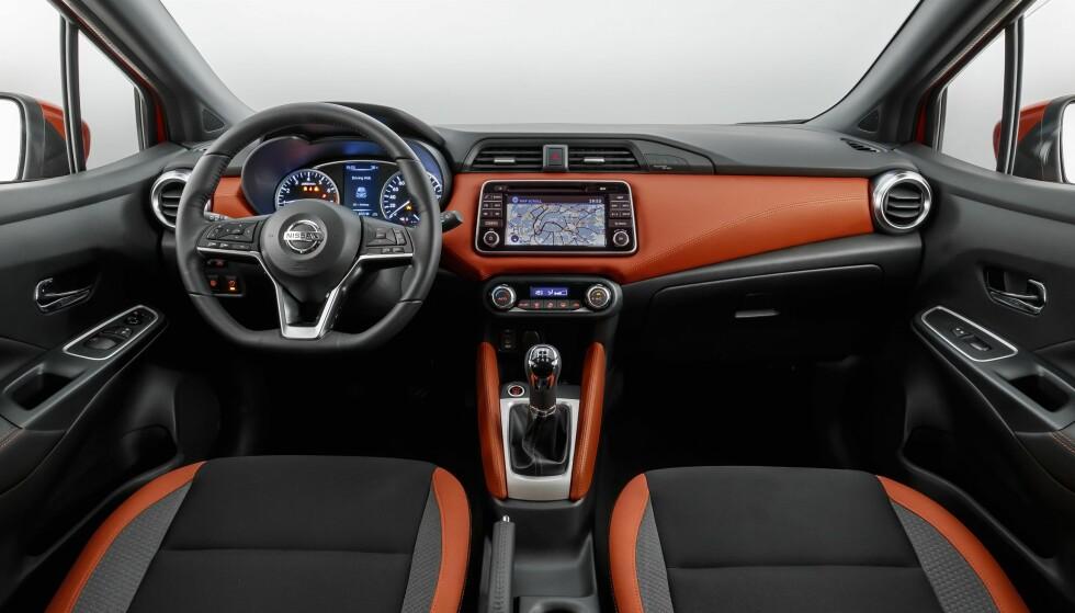 KRAFTIG LØFT: Allerede på bildene kan vi se at interiøret i nye Micra er en veldig modernisering fra forgjengerens. Foto: Nissan