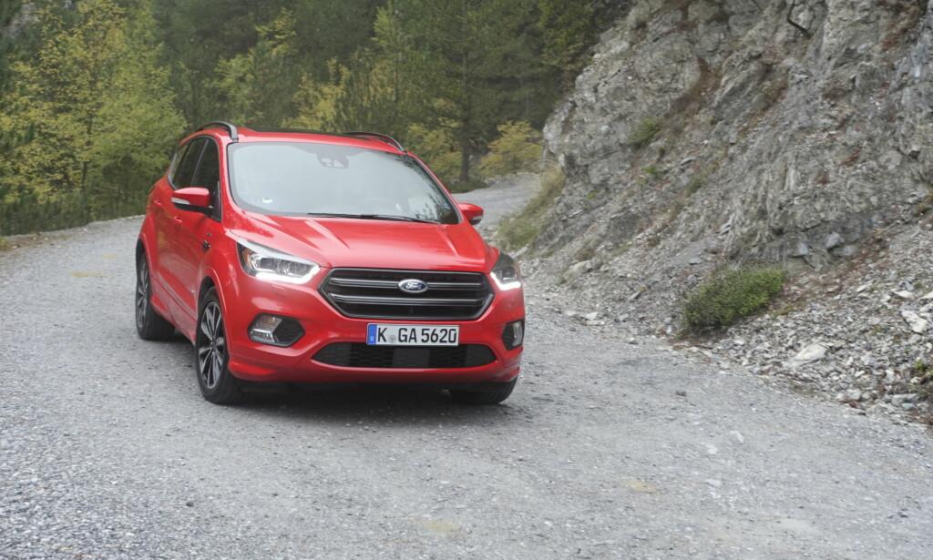 SIKKER: Ford har utstyrt Kuga med oppdaterte versjoner av det brede utvalget sikkerhetssystemer de tilbyr. Foto: Knut Moberg