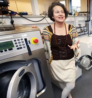UNNGÅ HÅNDVASK: Ingun Grimstad Klepp, forsker for SIFO, advarer folk mot å vaske ull for hånd - blant annet fordi folk ikke har nok kunnskap om det. Foto: NILS BJÅLAND / VG / NTB SCANPIX